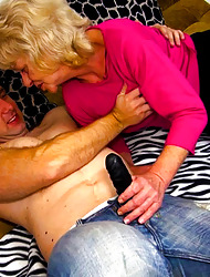 Pulchritudinous strapon sexual congress